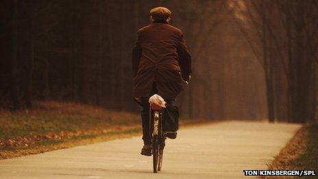 _71332975_cyclist-spl-1