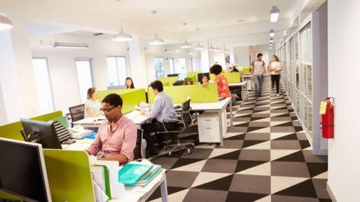 _90521742_office.jpg