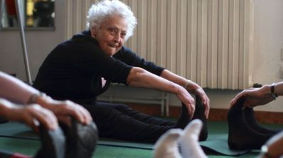 _93651659_c0107248-elderly_women_exercising-spl